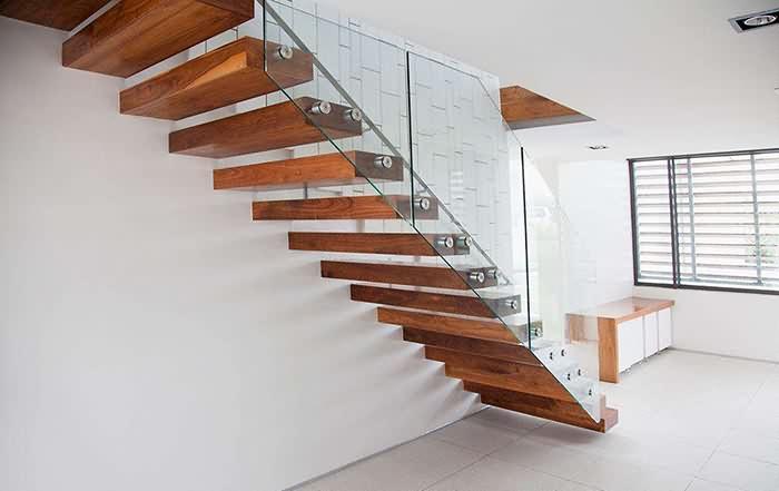 装轻松网 装修知识 木作工程 木作工艺 >复式装修,先了解室内楼梯设计