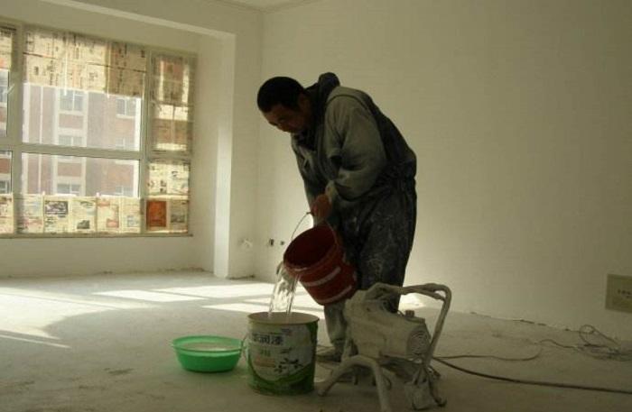 油漆工程 施工标准 >喷涂料步骤及注意事项介绍  很多业主装饰墙面的